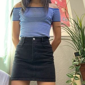 Brandy Melville mini skirt 🌑